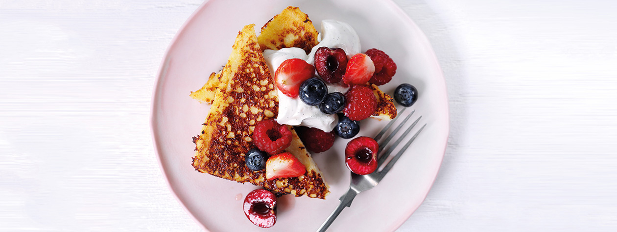 French Toast with Summer Fruits & Vanilla Yoghurt